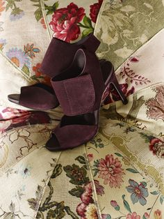 Sisel, maxi velcro sandal in burgundy suede | Pedro Garcia shoes | Fall Winter 2015 2016 | Made in Spain
