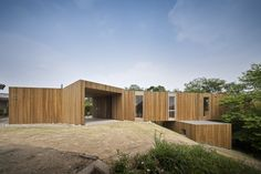 ARCHITECTURE BLOG: FROM STUDENTS' EXPRESSIONS TO ENTERPRISES' INTERESTS : Amazing Wooden Home Architecture Design For Modern Architecture Bl...