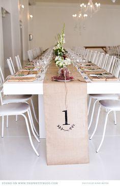 Minimalistic rustic table setting