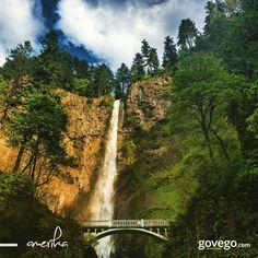 Amerika'da Oregon Yakası'ndaki Tarihi Columbia Nehir Yolu'nda bulunan Multnomah Şelalesi...  165 metreden dökülüyor ve doğanın mükemmelliğini gözler önüne seriyor... :) - govego.com  #world #worldwide #fall #multnomah #multnomahfalls #oregon #amerika #abd #travel #nature #naturelovers #doğa #seyahat #yol #yolculuk #yoldaolmak #gezi #seyahataşkı #fotoğraf #şelale #yeşil #mavi #köprü #bridge #sky #happy #love #instagood #instagram #instadaily #instaphoto #bestoftheday #weekend