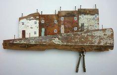 Driftwood Art, Driftwood Ideas, Kirsty Elson, Wooden Cottage, Sea Crafts, Wood Shelves, Little Houses, Stone Art, Decoration