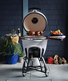 Icon Hybrid Kamado Grill | First-ever ceramic grill that allows you to cook with either charcoal or gas. Domed ceramic creates an ideal convection environment for grilling, searing, baking, smoking and slow cooking.