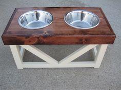 Wooden pet bowl feeder by KandJPetsCreations on Etsy Dog Food Stands, Dog Bowl Stand, Dog Food Bowls, Pet Bowls, Dyi, Dog Feeder, Dog Supplies, Dog Accessories, Wood