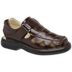 f6406c5970c28 11 melhores imagens de Chuteira   Football boots, Flip Flops e Leather