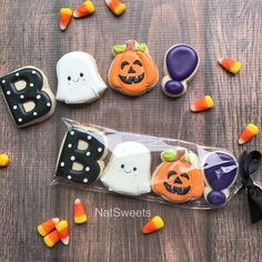 Loving this mini sleeves by using our B O O ! Loving this mini sleeves by using our B O O ! Fall Cookies, Mini Cookies, Iced Cookies, Cute Cookies, Cookies Et Biscuits, Holiday Cookies, Cupcake Cookies, Ghost Cookies, Pumpkin Cookies