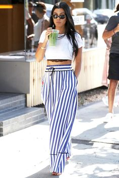 Mom of three and reality television star Kourtney Kardashian continues to rock the coolest off-duty street style fashion looks.