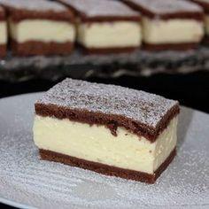 Tejfölöskocka Sweet Desserts, Sweet Recipes, Dessert Recipes, Hungarian Recipes, Wedding Desserts, Dessert Bars, Chocolate Recipes, No Bake Cake, Creative Cakes