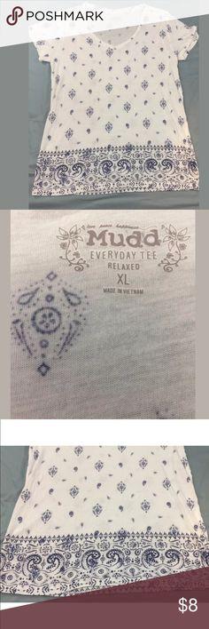 "MUDD XL Every Day Tea Relaxed T-Shirt Paisley MUDD XL Every Day Tea Relaxed T-Shirt Shirt White Blue Paisley Print Cool  Armpit 19"" across  Length 26"" Mudd Tops Tees - Long Sleeve"