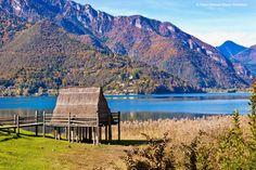 Insgesamt 19 der 111 prähistorischen Pfahlbauten-Siedlungen des Alpenraums befinden sich in Italien und liegen in den Regionen Lombardei, Venetien, Piemont, Friaul-Julisch Venetien und Trentino Südtirol!   Die Italienischen Pfahlbauten sind auf die Zeit zwischen 5000 und 500 v. Chr. zurückzuführen und liegen in unmittelbarer Nähe von Seen.