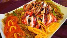 Surinaams eten – Nasi Prisiri (nasi met moksie metie en moksie speciaal)