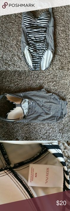 50's Black and White Striped One Piece The different sized lines are perfect for hiding a lil tummy fat if that's what you're into .... says medium but can also fit if you wear large ... padded built in bra  🍑 Buy more than 1 item from me ⚌ discount OR freebies 🕊 Will ship multiple purchases together, just ask 🗻 Don't like the price? Msg me 🍑 Merona Swim One Pieces