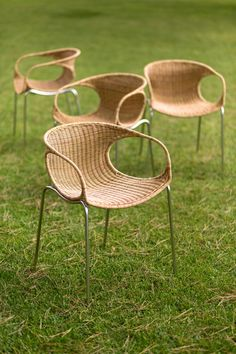 Zeros Out Armchair by Point
