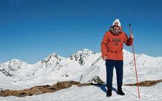 Male Fashion Trends: Werner Schreyer visita la cumbre del invierno para Esquire España