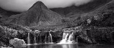 In a time-lapse genre dominated by impossibly colorful landscapes, this black-and-white time-lapse of Scotland's Isle of Skye is a monochromatic breath of fresh air. http://petapixel.com/2014/10/18/beautiful-black-white-isle-skye-time-lapse-breaks-genres-saturated-status-quo/