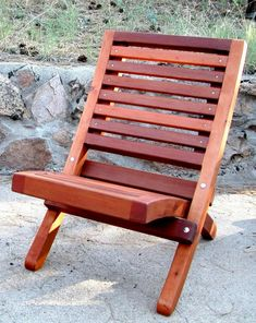 Portable Beach Chair (Options: Old Growth Redwood, Transparent Premium Sealant)