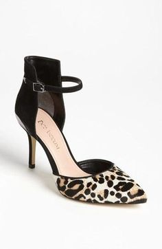 Gorgeous! Enzo Angiolini animal print heel.