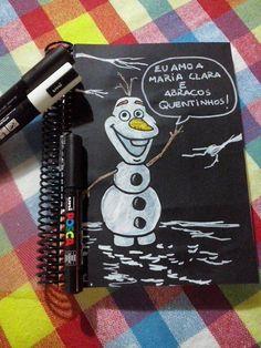 A criançada também curte POSCA. Por isso, o Mauro foi logo customizando a agenda da filhota Clara, de três aninhos.