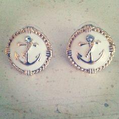 Anchor ear rings