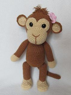 Häkelanleitung: Süßer Affe, Kuscheltier / crocheting instruction: cute monkey, cuddly toy made by DioneDesign via DaWanda.com