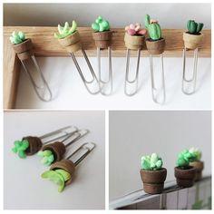 Diy Cactus Bookmark with Polymer Clay - Cactus DIY Sculpey Clay, Cute Polymer Clay, Polymer Clay Animals, Cute Clay, Polymer Clay Miniatures, Polymer Clay Charms, Polymer Clay Jewelry, Fimo Cactus, Cactus Cactus
