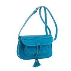 Bolso de piel campero en color azul celeste.
