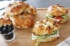 Sallys Rezepte - Acma – super locker / ideal für Sandwiches - Abd My Site Party Sandwiches, Finger Sandwiches, Subway Sandwich, Warm Food, Best Sandwich, Bread Rolls, Food Blogs, Baked Chicken, Street Food