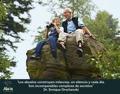 El rol de los abuelos es de gran importancia en la crianza de los hijos.