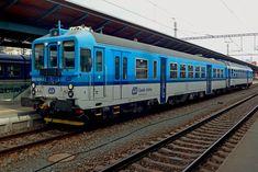Plzen 842 029 (200+) | CD 842 029 stands in Plzen on 22 Febr… | Ceslo Scribens | Flickr Train, Strollers