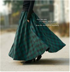 2013 autumn winter vintage woolen green plaid maxi long skirt with pockets plus size muslim islamic women clothing brand design-inSkirts fro. Long Plaid Skirt, Long Maxi Skirts, Plaid Skirts, Wool Skirts, Winter Rock, Mode Simple, Plus Size Kleidung, Ankle Length Skirt, Winter Skirt
