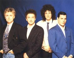 Nice group shot. L to R: Roger Taylor, John Deacon, Brian May, Freddie Mercury. Looks to be around 1990, as Freddie Mercury looks somewhat frailer. #Queen #Music #Rock #Awesome