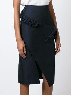 Women's Fashion - Designer must haves for 2018 Moda Peru, Fashion Design Sketches, Culottes, Asymmetrical Skirt, Dress Shirts For Women, Jil Sander, Simple Dresses, Fashion Details, Designer Dresses