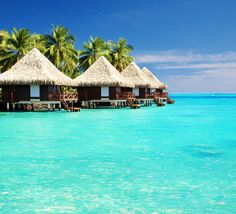 The 10 most beautiful islands on Earth / Maldives