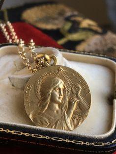 Saint cecelia catholic medal st cecilia vp606 st cecelia saint cecilia medal necklace antique french patron saint of music antique catholic jewelry gift religious first mozeypictures Choice Image