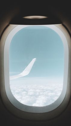 Plane Window View, Airplane Window, Airplane View, Windows Wallpaper, Screen Wallpaper, Wallpaper S, Blue Aesthetic, Aesthetic Photo, Aesthetic Pictures