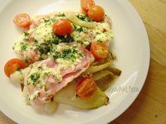 Witlof met spek en tomaatjes uit de oven
