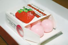Strawberry gum ~ would really like to try those!