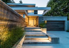 Lively Modern Vancouver Home With Bright Accents | DigsDigs