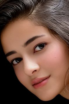 wallpapers for iPhone. Indian Bollywood Actress, Bollywood Girls, Beautiful Bollywood Actress, Most Beautiful Indian Actress, Beautiful Girl In India, Beautiful Girl Image, Cute Beauty, Beauty Full Girl, Prity Girl