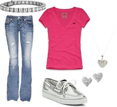 A fashion look from September 2012 featuring v-neck shirts, blue jeans and boat shoes. Browse and shop related looks. I Love Fashion, World Of Fashion, Passion For Fashion, Fashion Beauty, Womens Fashion, Summer Outfits, Cute Outfits, Summer Clothes, New Wardrobe