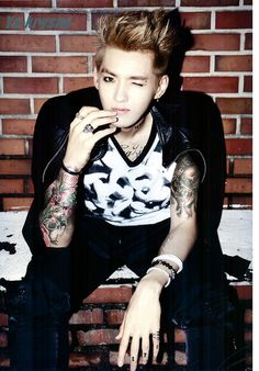 Kris hyung, I hope you are safe. We EXOstans miss you a bunch. Please come back. We'll patiently wait. Come back as soon as you're ready,okay?? I miss you so much Galaxy hyung. WE ARE ONE! Saranghaja XOXO