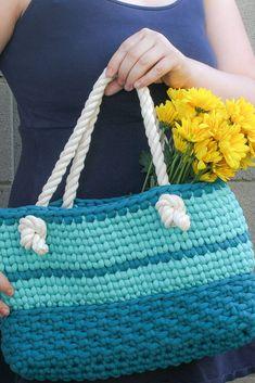 Summer Day Bag Free Crochet Pattern - Winding Road Crochet