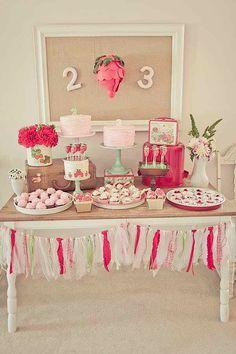 Vintage Strawberry Shortcake Birthday Party: Dessert Table