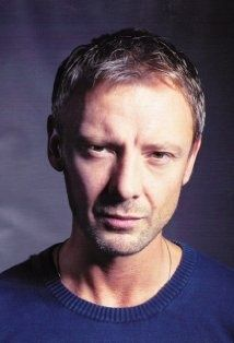 John Simm has to be one of the most talented actors on TV-Life On Mars and Prey being two of my favourites Hot Actors, Actors & Actresses, Pretty Men, Beautiful Men, Beautiful People, John Sims, Tv Series 2013, Actor John, Bbc America