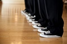 Ooo!!  This is just like my wedding!  The groomsmen and bridesmaids all wore Converse!