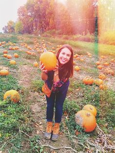Nice Fall Photo idea but her pose is not working for her...also Check out www.stores.ebay.com/jenscreationstx