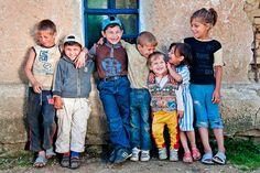 Gypsy kids, Romania