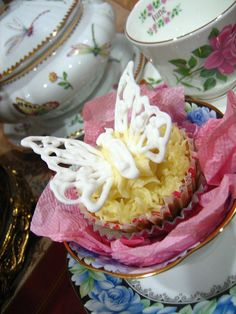 164 Best Butterfly Theme Images Pound Cake Fondant