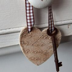 Ceramic Heart and Rusty Key, Wedding Favour. £5.00