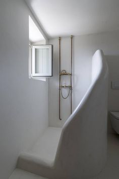 modern-white-bathroom-dpages-6d
