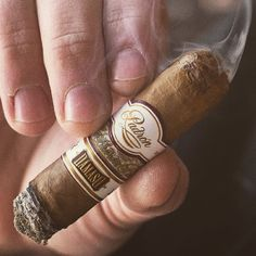 Smoke Notes: Padron Damaso - not exactly a mild Connecticut, this stick definitely shows its Nicaraguan roots. #bestcigarprices #smokeoftheday #smokenotes #cigarreview #padroncigars #cigarporn #botl #nowsmoking